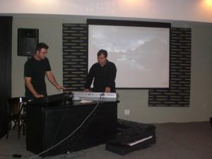 Borgas e Dlaivison em performance