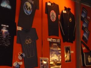Vários Merchans da turné 2010