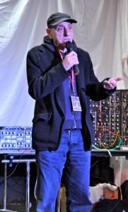 Palestra com Bernard Szajner, o inventor da Harpa Laser.