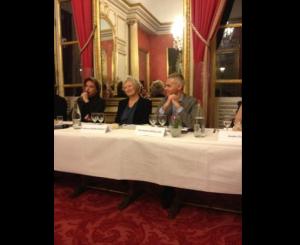 Jarre  no Senado Francês