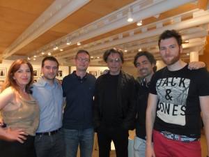 Jarre junto com seus fãs da Espanha no 2° Forum  'creaCultura'.