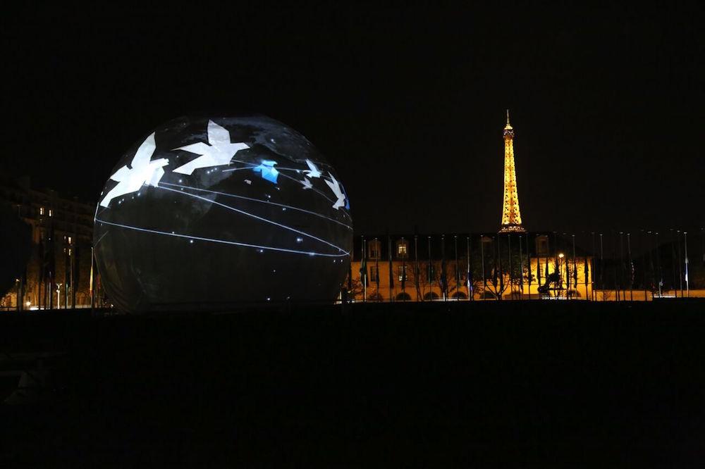 UNESCO celebra 70 anos no meio a luto pelos atentados em Paris.