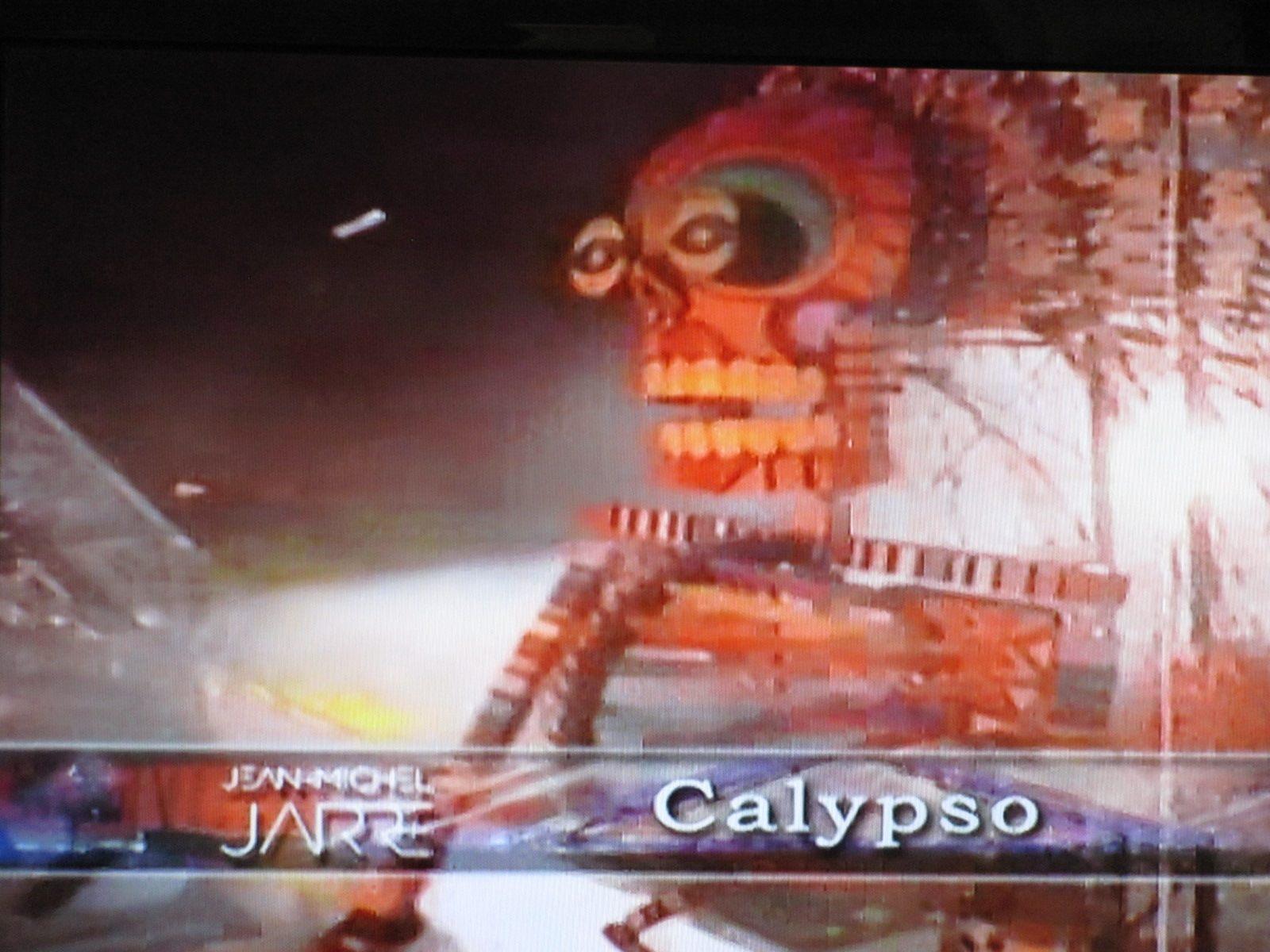 Imagem do vídeo apresenta pixalização .