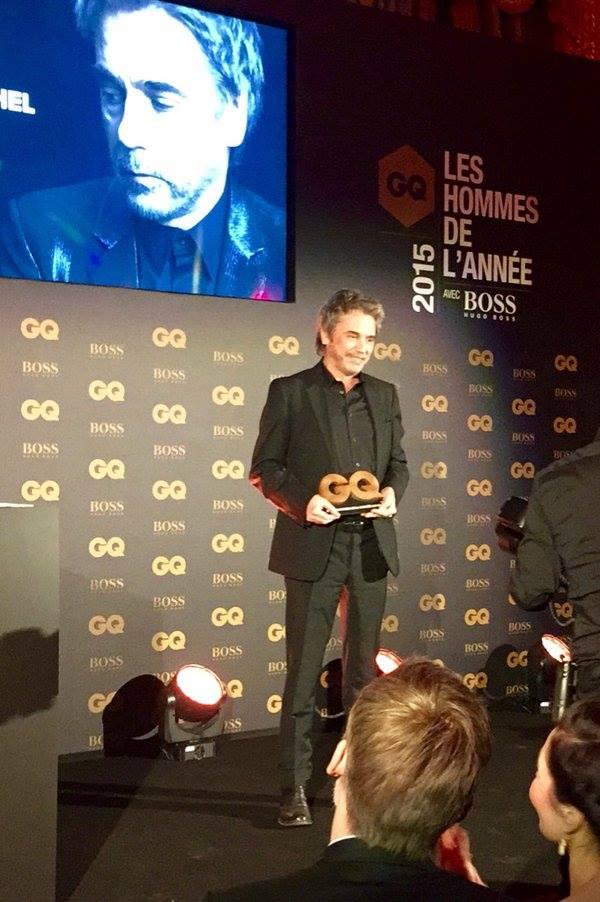 """Jarre recebe prêmio de """"Homem do ano - 2016"""" da GQ MAGAZINE - FRANCE"""