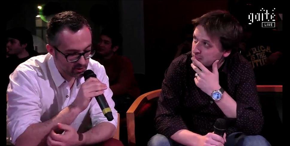 "Nicolas Blies (esq) explica o projeto ""Soundhunters"""