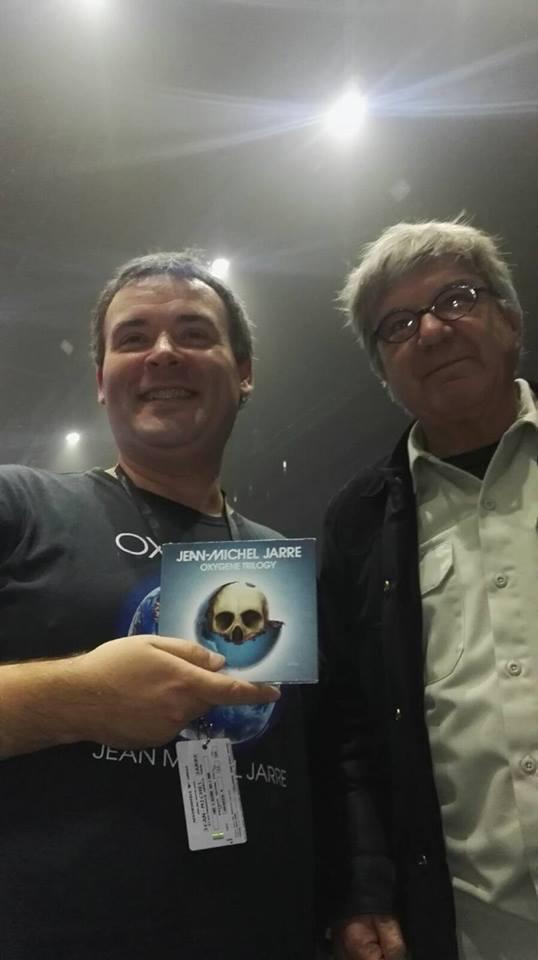Fã Francisco Aguilera junto do designer Michel Granger