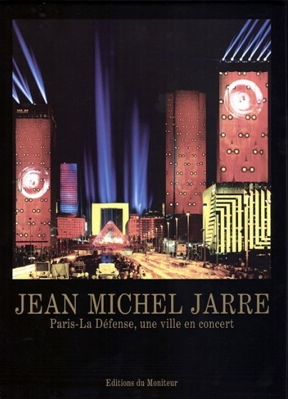 O atributo alt desta imagem está vazio. O nome do arquivo é 03-Paris-La-Defense-1990.jpg